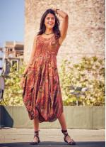 Etnik Desenli Kayık Yaka Asimetrik Kesimli Elbise
