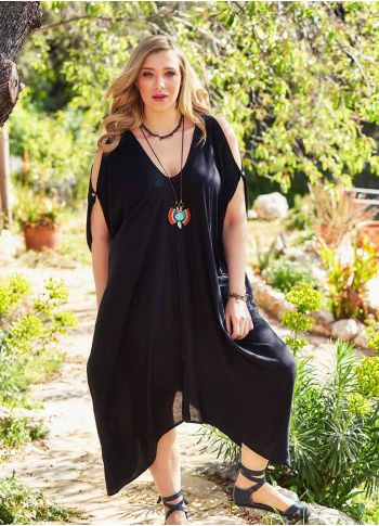Kayık Yaka Dökümlü Büyük Beden Siyah Elbise