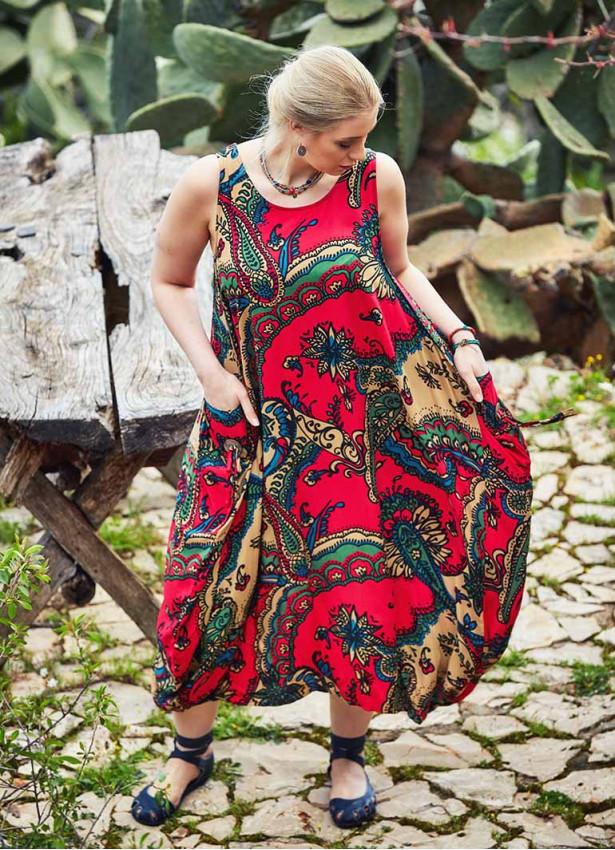 Kayık Yaka Düğmeli Büyük Beden Kırmızı Elbise