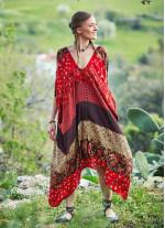 Bohem Tarz Sırt Dekolteli Kayık Yaka Elbise