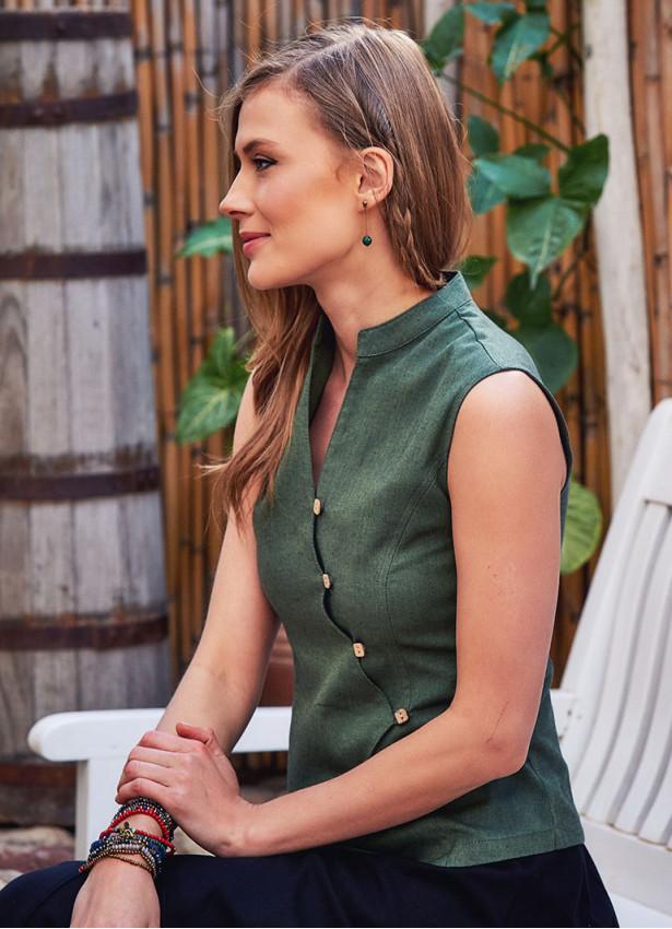 Hakim Yaka Çapraz Düğmeli Kolsuz Yeşil Bluz