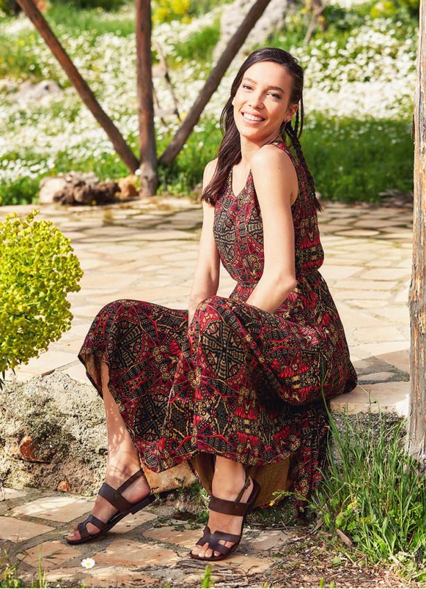 Karat Desenli Kayık Yaka Asimetrik Kesim Elbise