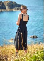 Bohem Tarz Geniş Askılı Düğme Detaylı Siyah Elbise
