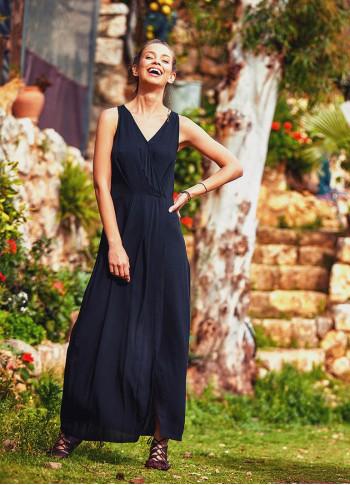 Otantik Yırtmaçlı Kruvaze Kolsuz Siyah Elbise
