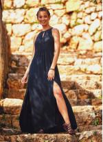 Otantik Yırtmaçlı Dekolteli Boydan Siyah Elbise