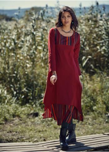 Yırtmaç Detaylı Kayık Yaka Çizgili Kırmızı Elbise
