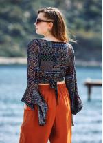Siyah Desenli İspanyol Kol Crop Bluz