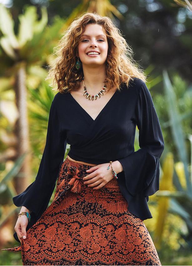 Siyah İspanyol Kol Crop Bluz