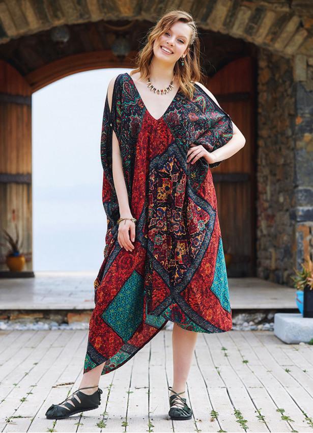 Siyah Desenli Sırt Dekolteli Bohem Yazlık Elbise