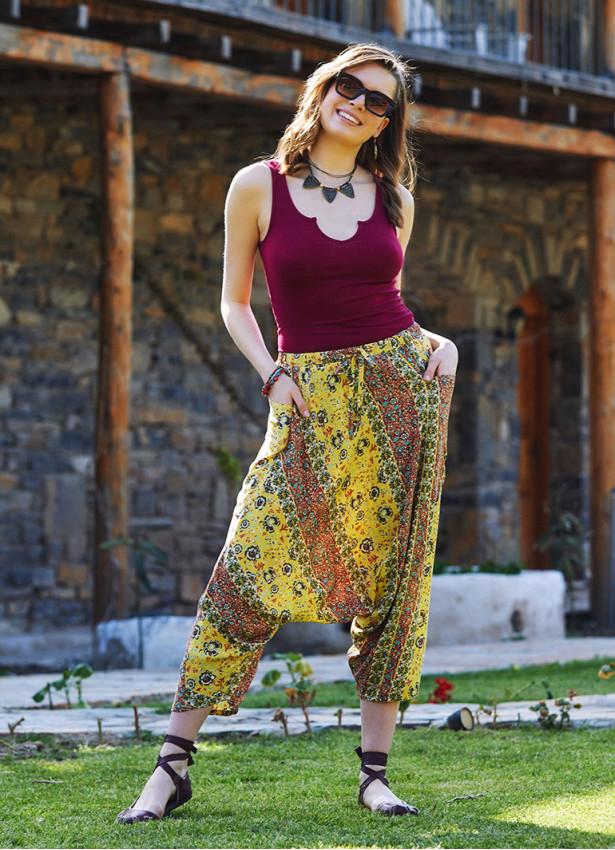 Sarı Çiçekli Kadın Kapri Şalvar Pantolon