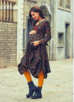 Otantik Desenli Derin V Yaka Kışlık Hamile Elbise