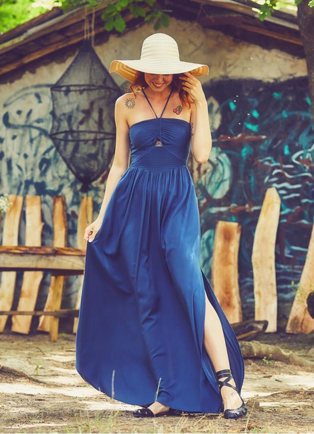 Askılı Etnik Desenli Dekolteli Yırtmaçlı Mavi Elbise