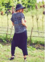 Kısa Kollu V Yaka Bohem Tarz Lacivert Kadın Bluz